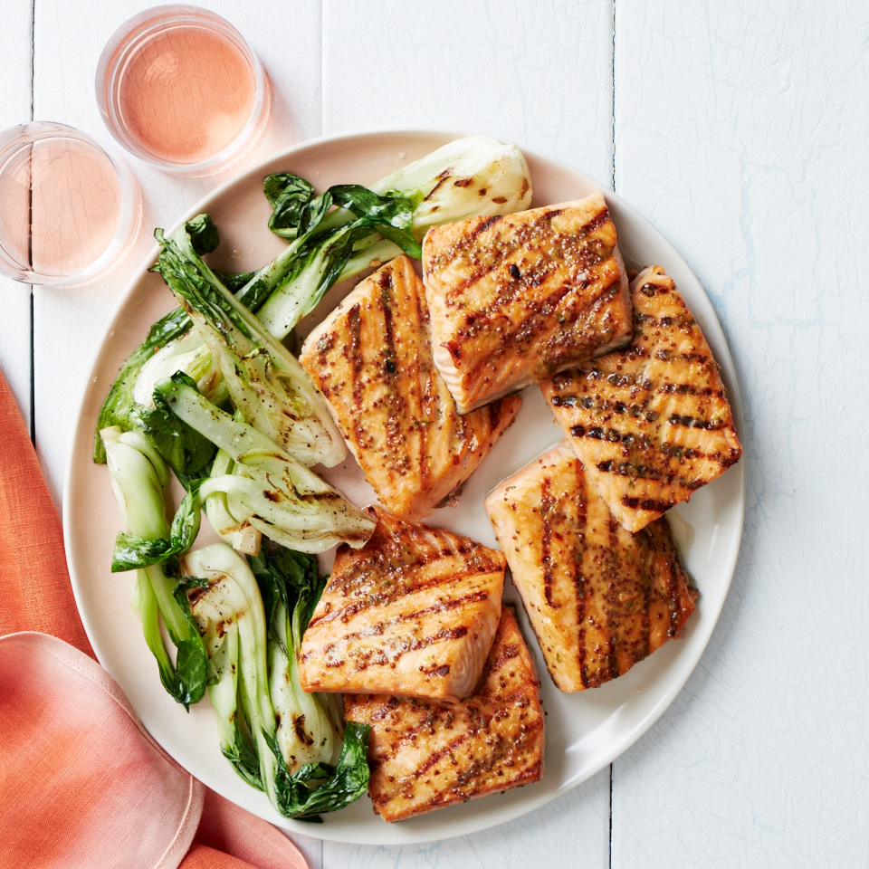 Summer Grilling Recipes: Grilled Salmon