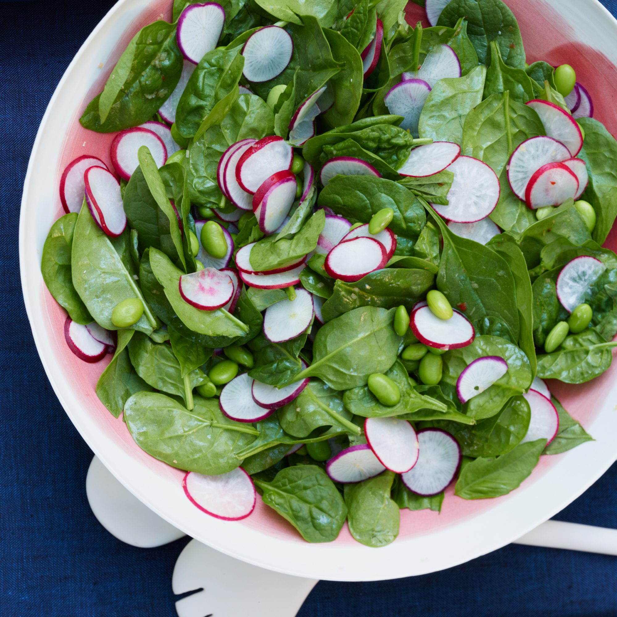 original-201307-r-spinach-and-edamame-salad-with-basil-and-asian-dressing.jpg