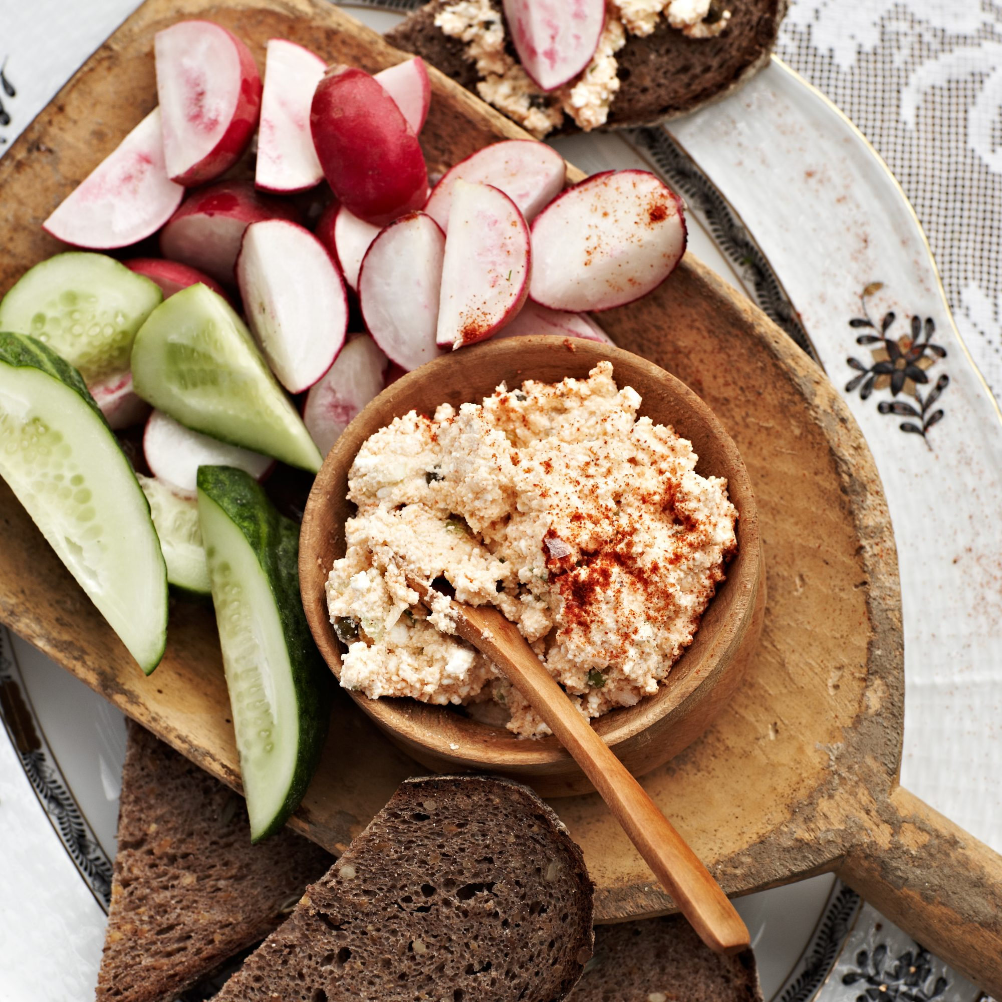 Paprika Cheese Spread