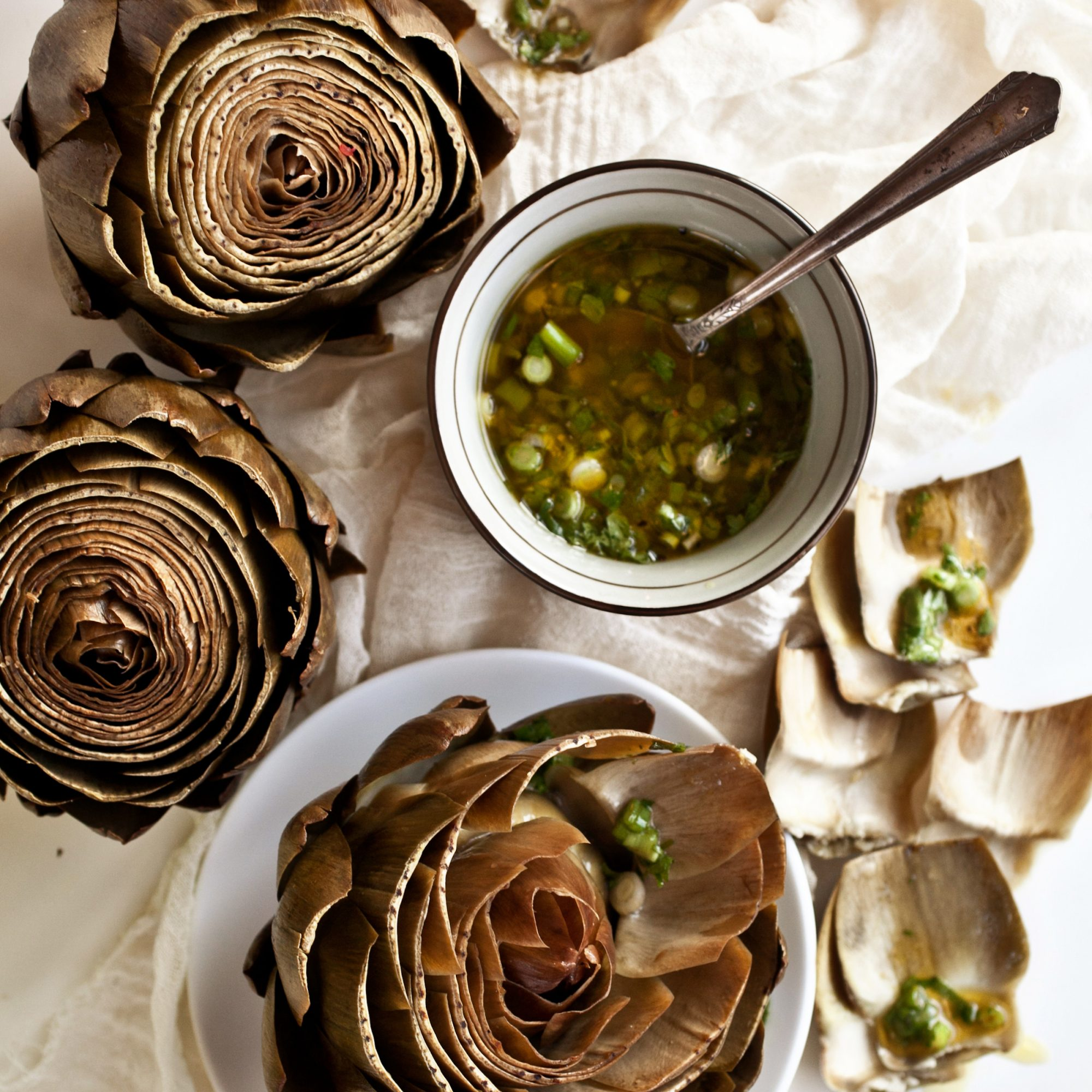 <p>Artichokes with Scallion Vinaigrette</p>