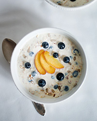 original-201310-r-chilled-make-ahead-summer-oatmeal.jpg