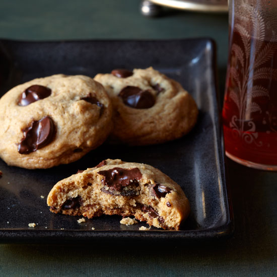 HD-201203-r-blogger-chocolate-nut-chunk-cookies.jpg