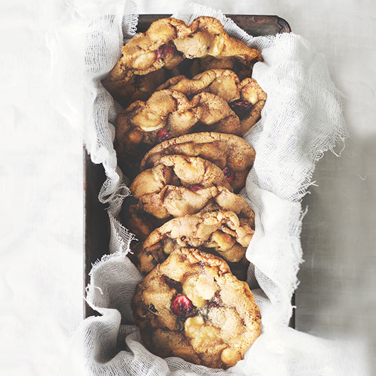 HD-201312-a-macadamia-cranberry-cookies.jpg