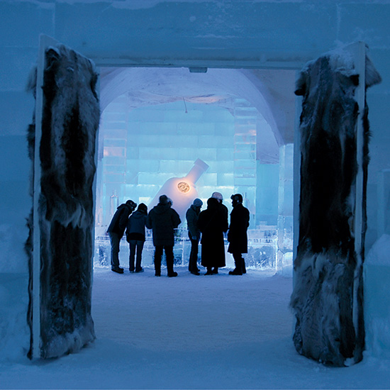hd-201312-a-ice-bars-icehotel.jpg