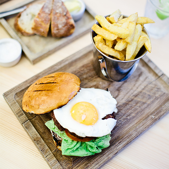original-201311-HD-photo-tour-london-burger.jpg