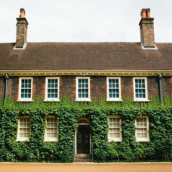 original-201311-HD-photo-tour-london-ivy-building.jpg