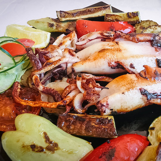 original-201312-HD-dalmatia-grilled-adriatic-squid-with-vegetables-on-pag.jpg