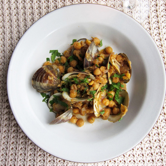 Now Is the Time to Pair Spicy Clams with Rosé