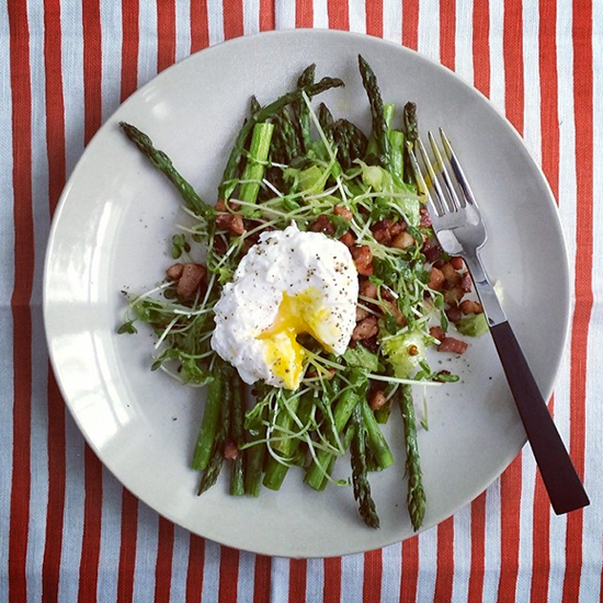 original-201402-HD-instanom-poached-egg.jpg