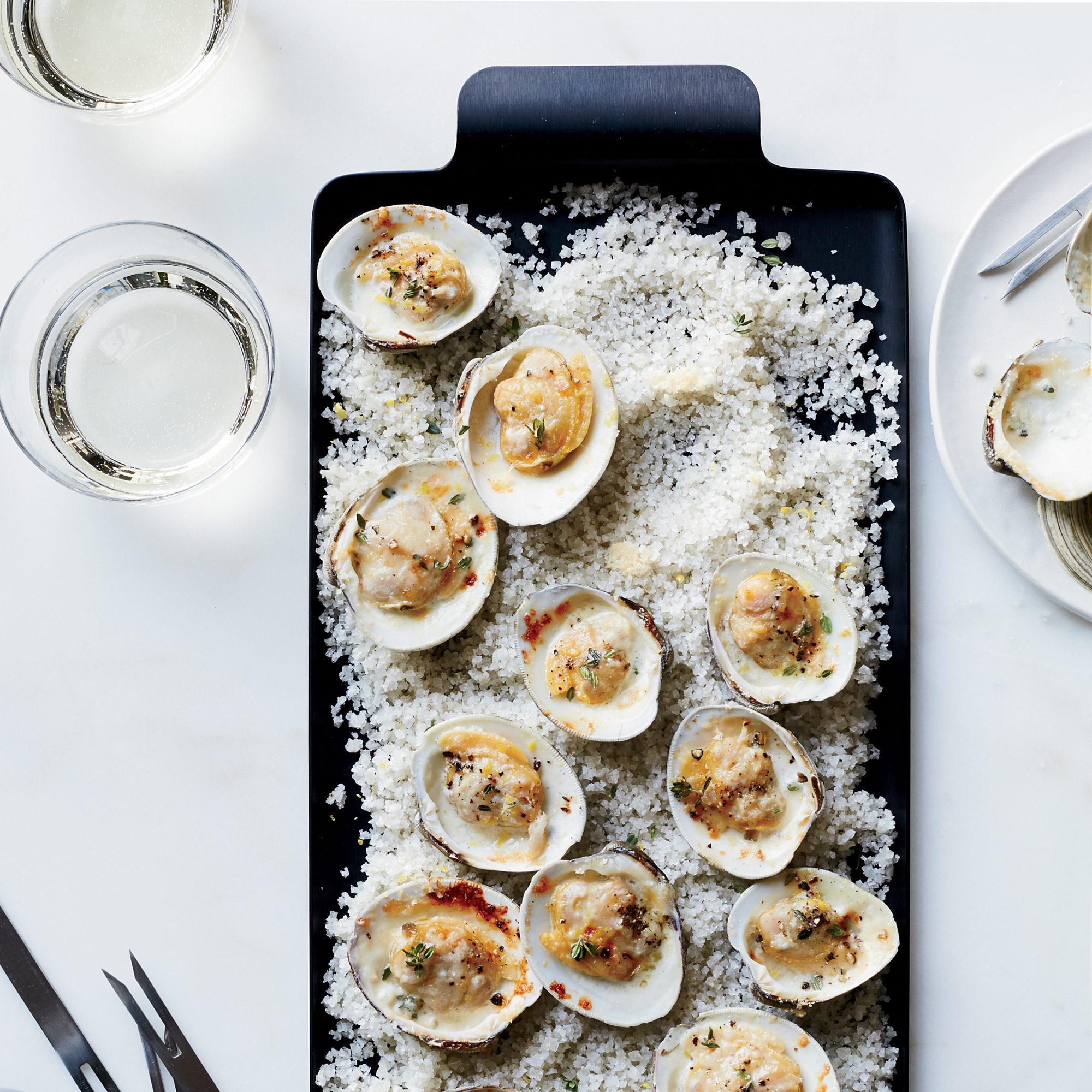 201404-r-clams-broiled-with-lemon-thyme-and-parmesan.jpg