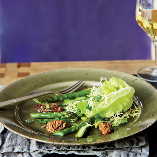 Morel-and-Asparagus Salad with Frisée and Butter Lettuce