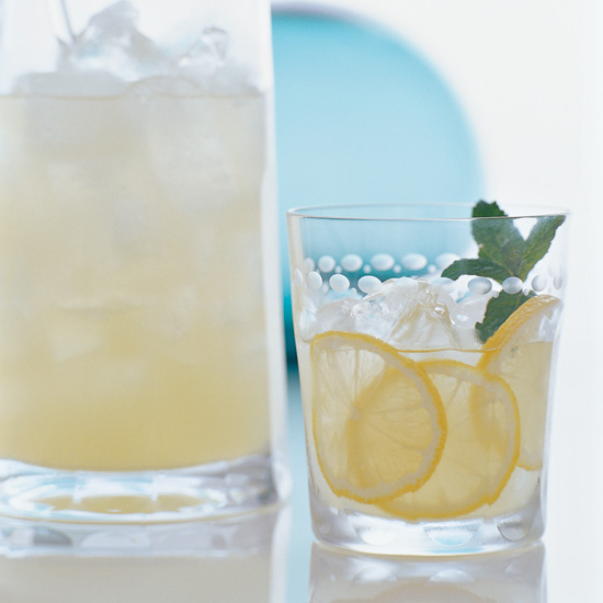 Easter Dinner Menus: Limoncello Collins