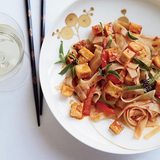 HD-201310-r-drunken-noodles.jpg