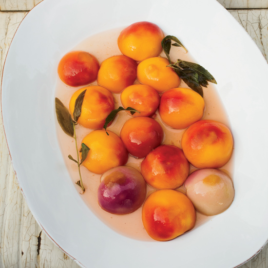 11 Ways to Use Peaches