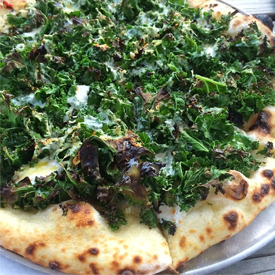 original-201407-HD-instanom-kale-pizza.jpg