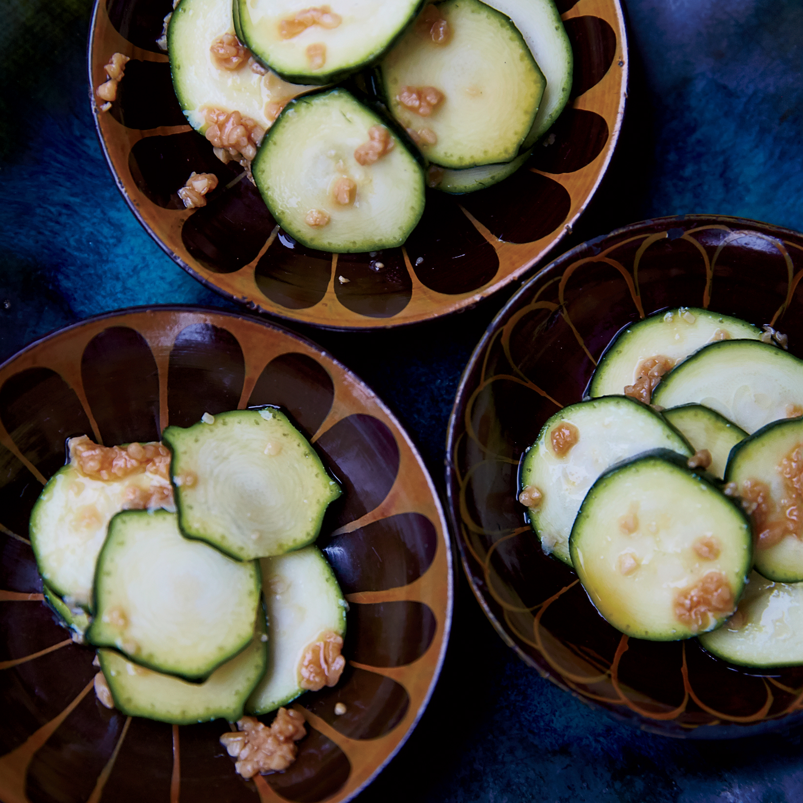 201409-r-quick-soy-pickled-zucchini.jpg