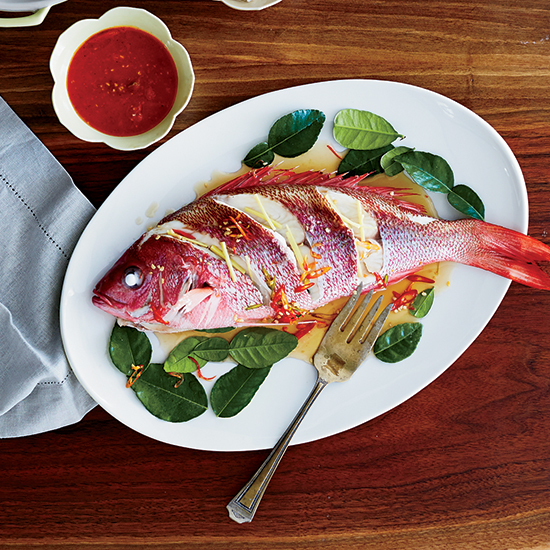 hd-201408-r-Whole-Red-Snapper-with-Roasted-Tomato-Sauce.jpg