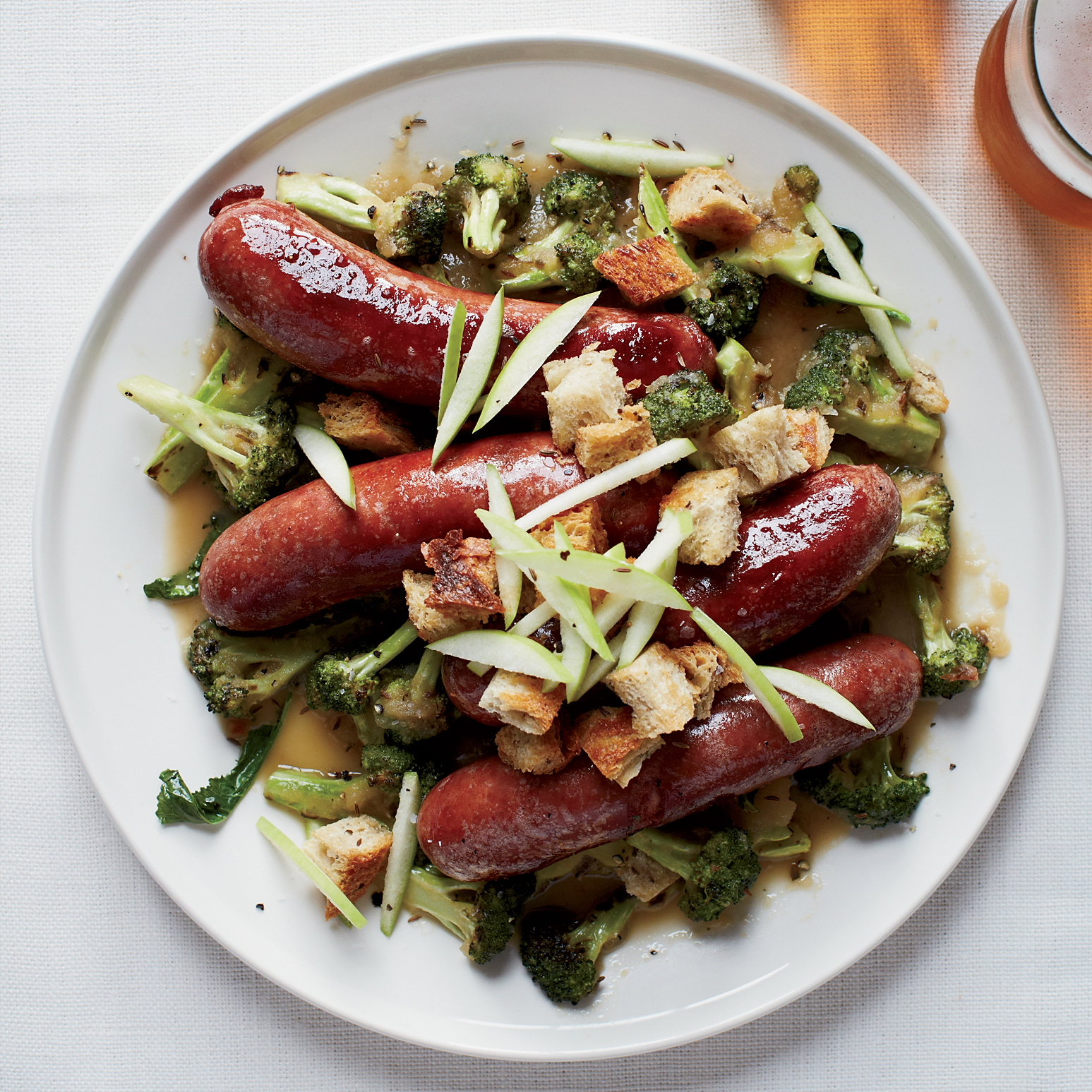 Smoked Pork Sausage with Hard-Cider Sauce is an Alternative to Thanksgiving Turkey
