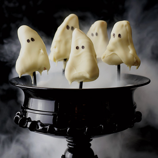 Ghostly Lemon Cake Pops