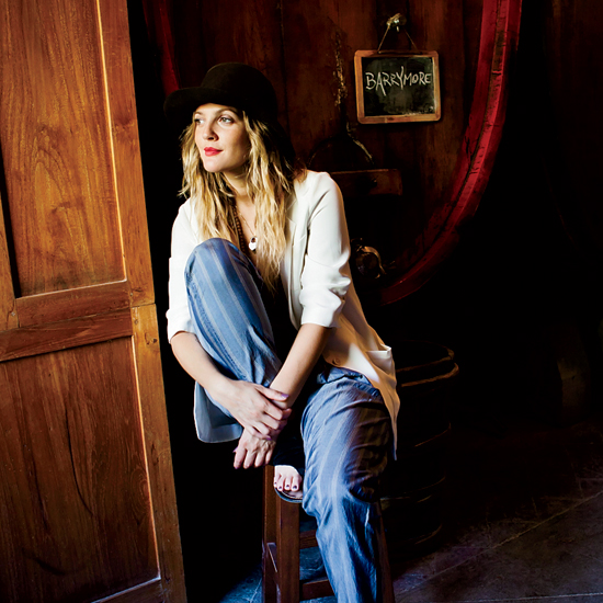 4 Ways Drew Barrymore Gets Ready for Thanksgiving