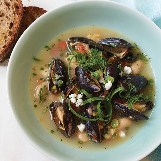 201103-r-gigante-beans-with-mussels.jpg