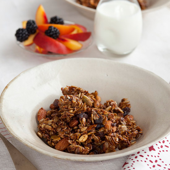 HD-200911-r-nutty-granola.jpg