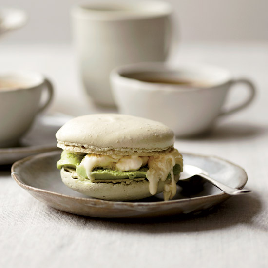 HD-201107-r-matcha-macaron-ice-cream-sandwiches.jpg