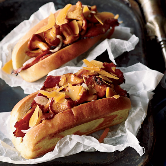 HD-201110-r-pastrami-and-mushroom-hot-dogs.jpg