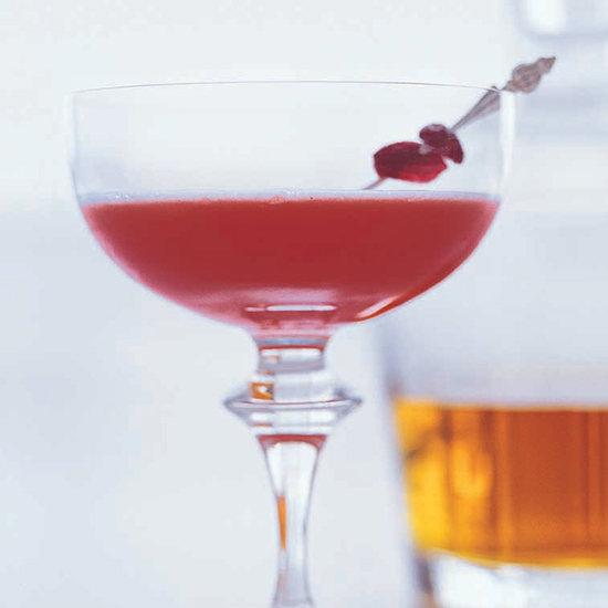 Jacques Pépin's Reverse Manhattan Is a Brilliant Low-Alcohol Drink