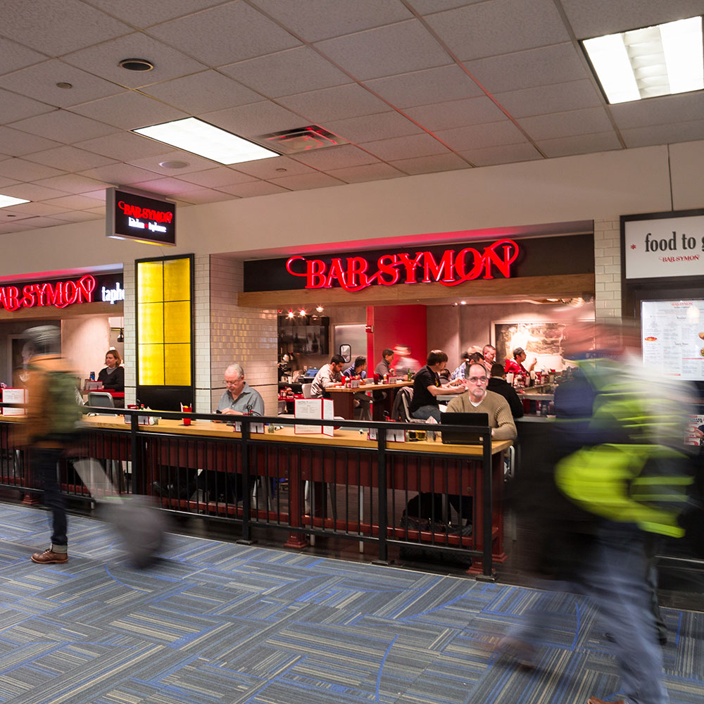 Bar Symon at Washington Dulles International