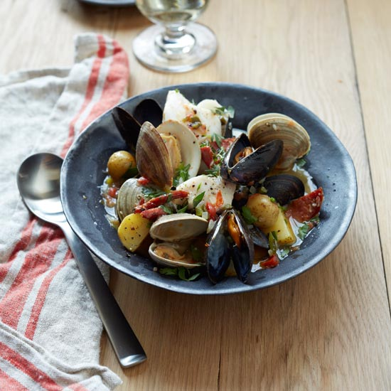 Hearty stews food wine for Portuguese fish stew