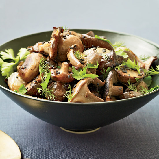 HD-201003-r-mushrooms-and-shallots.jpg