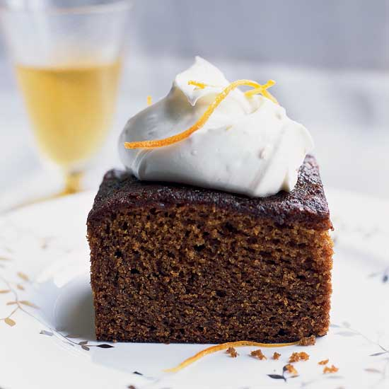 Christmas Dessert Molasses-Gingerbread Cake with Mascarpone Cream
