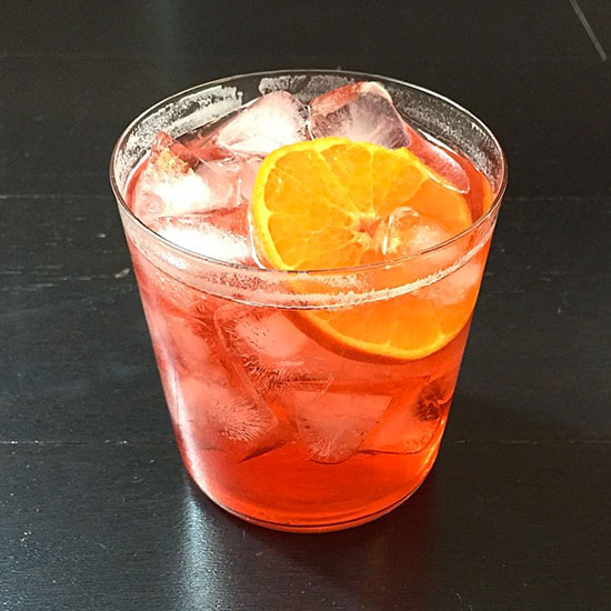 201504-HD-fw-drinks-campari-and-soda-clementine.jpg