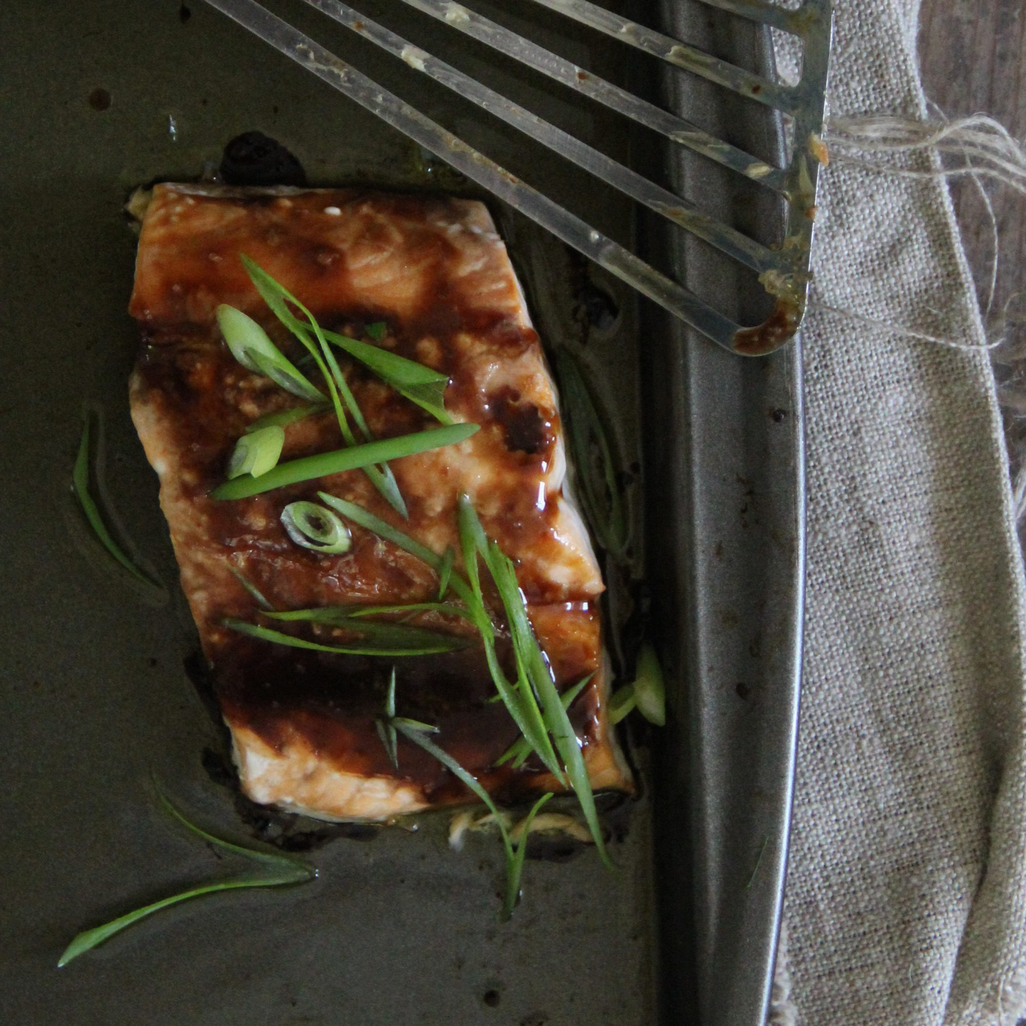 201503-r-soy-honey-glazed-salmon.jpg