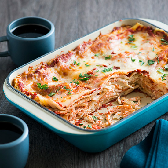 HD-201404-r-easy-chicken-lasagna.jpg