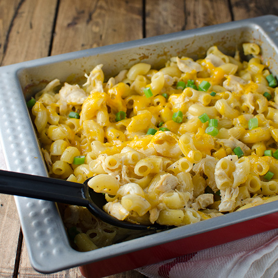 hd-201404-r-cheesy-macaroni-chicken-casserole.jpg