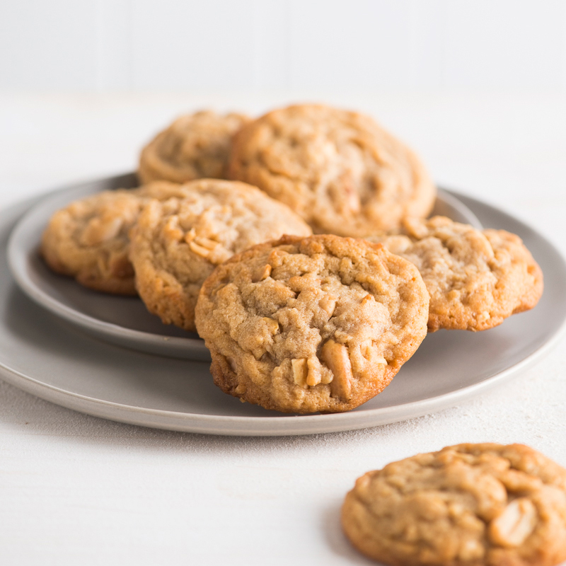 Soft Peanut Butter Cookies with Roasted Peanuts