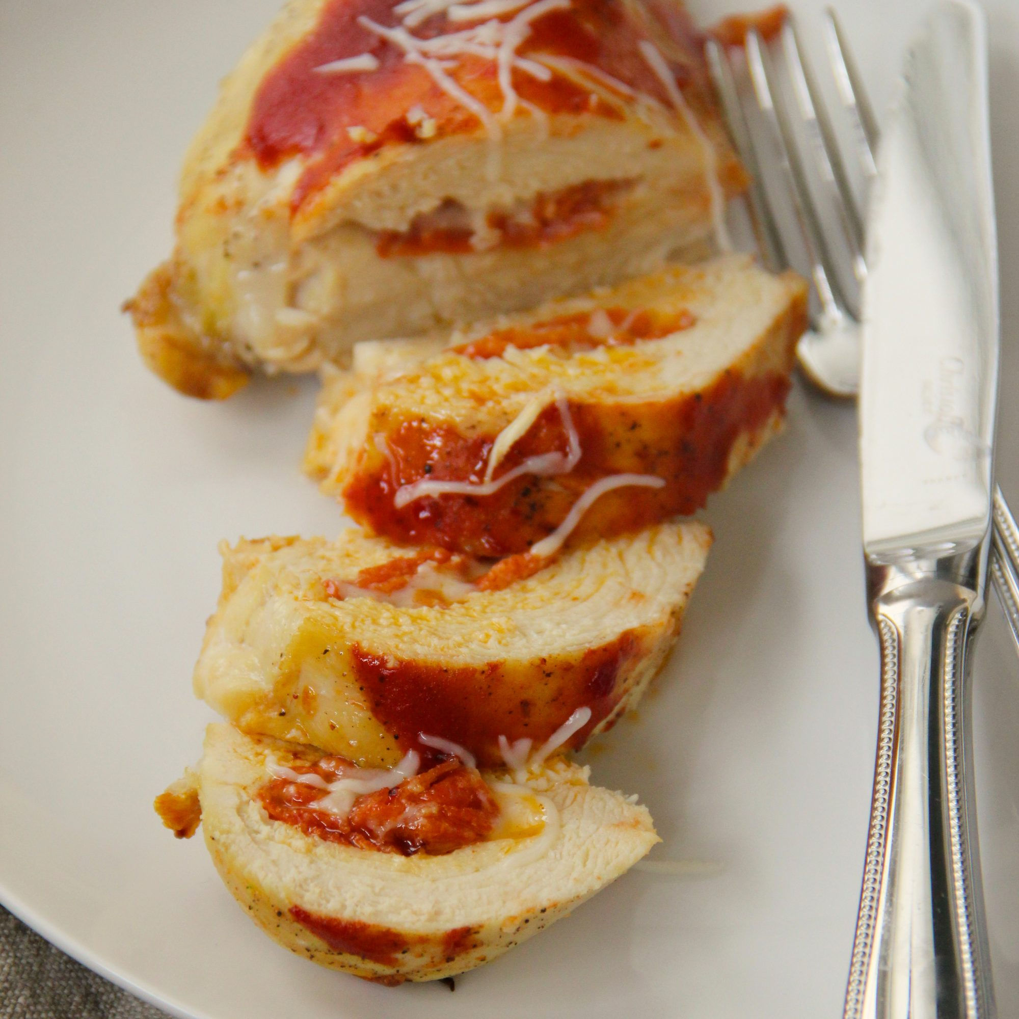 201405-r-pizza-stuffed-chicken-breasts.jpg