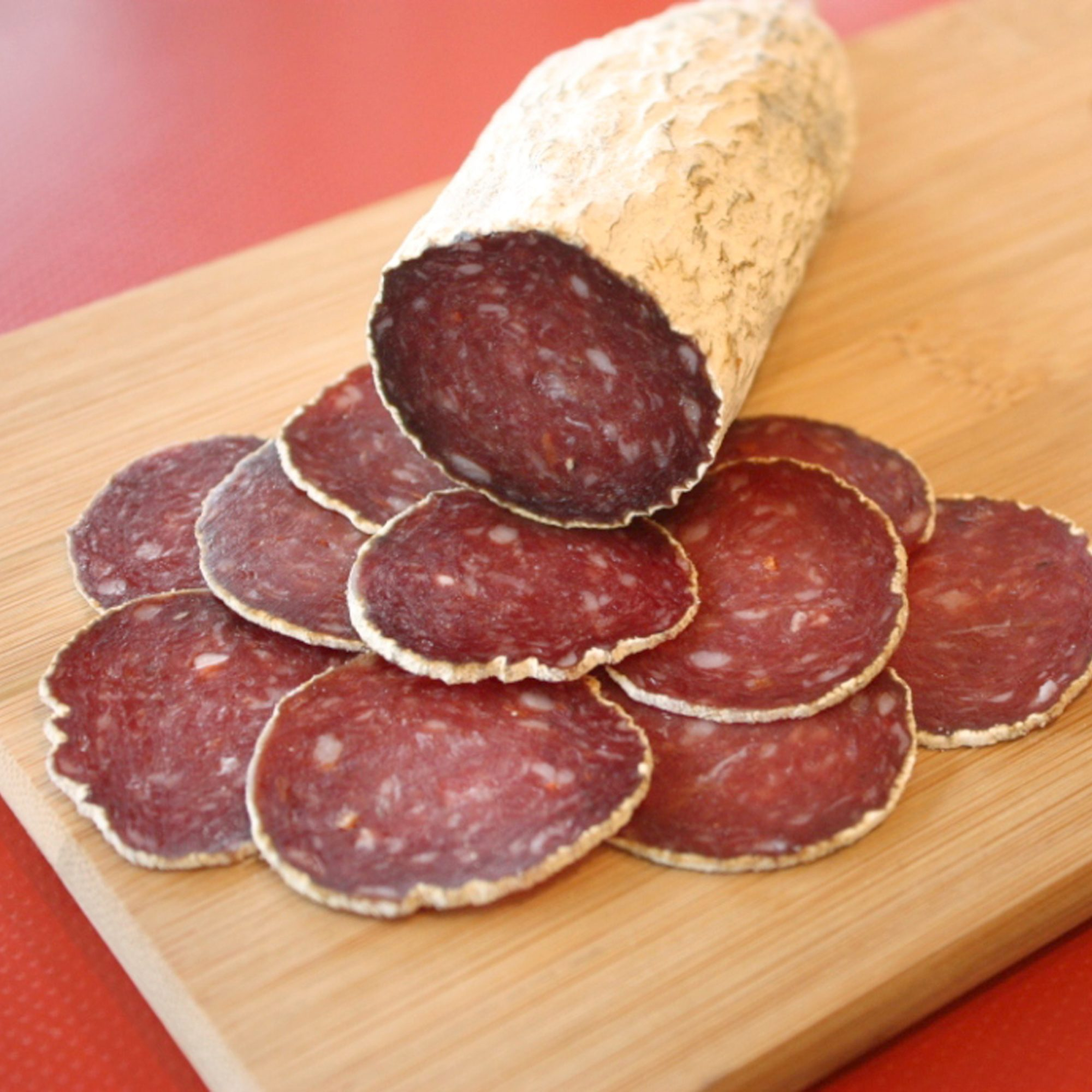 MAG1215-XL-entertaining-south-cider-salame.jpg