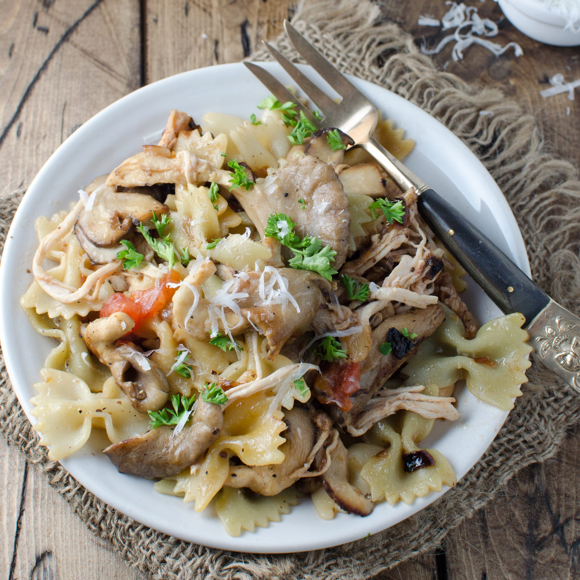 hd-201404-r-pasta-rustica-with-caramelized-onions-chicken-and-wild-mushrooms.jpg