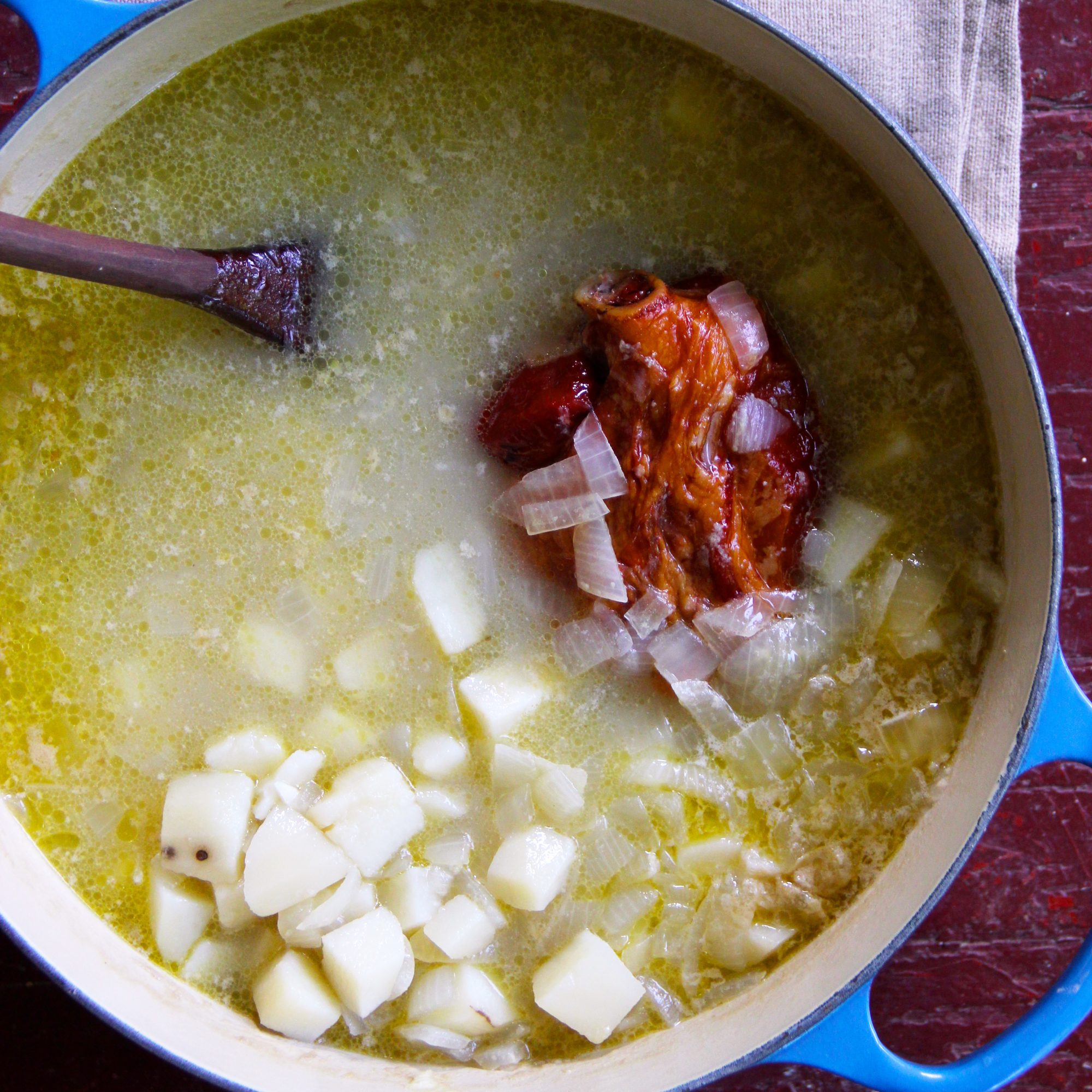 Potato and Ham Hock Soup