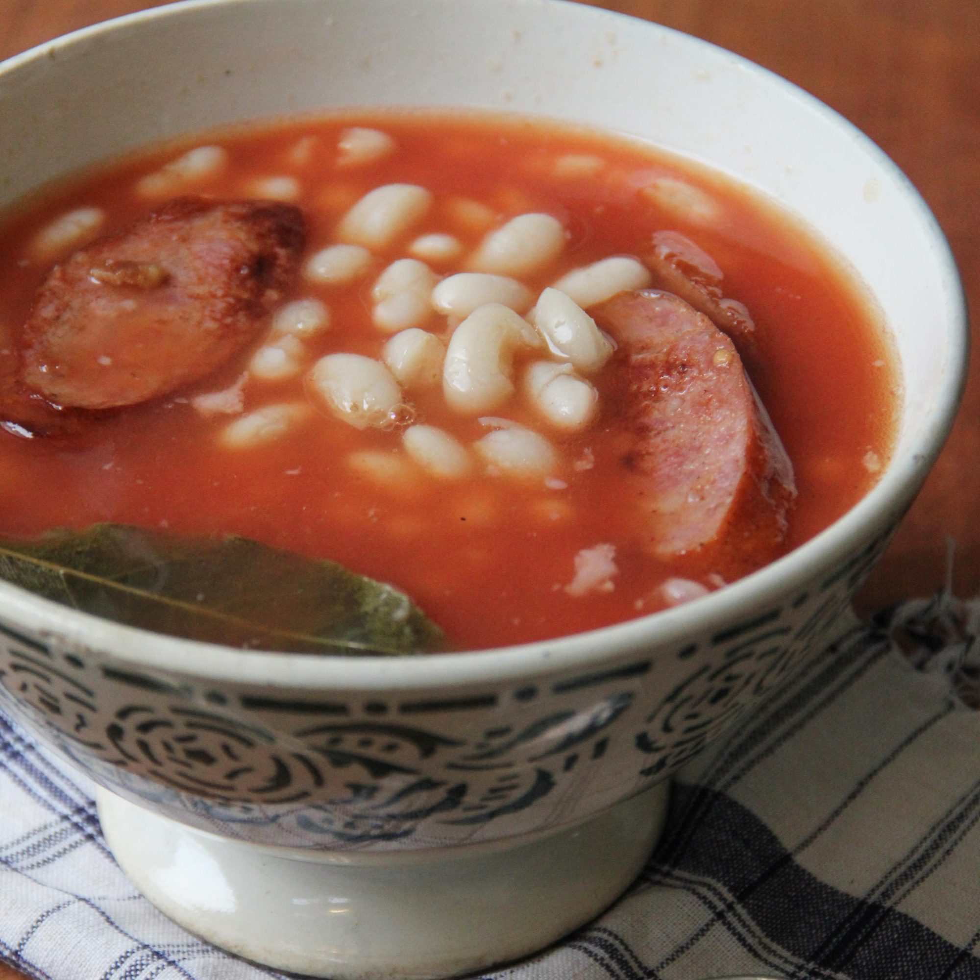 201405-r-portuguese-bean-and-sausage-soup.jpg