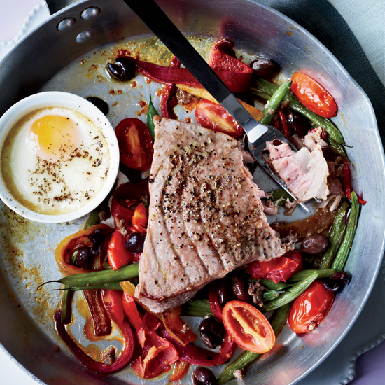 201104-HD-hot-nicoise-salad.jpg