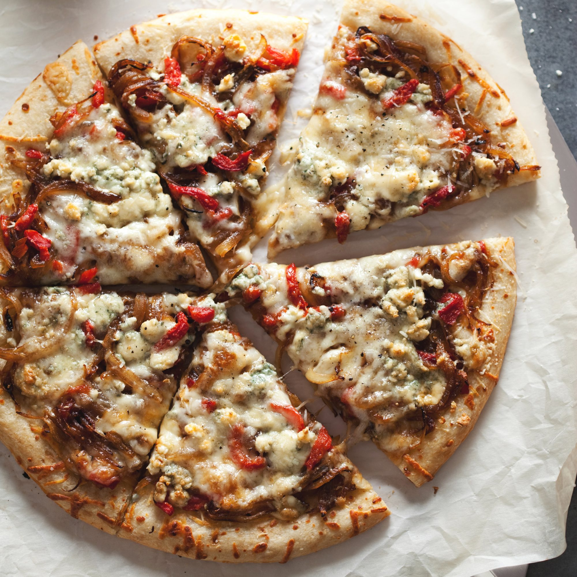 original-201204-r-three-cheese-pizza-with-caramelized-onions.jpg