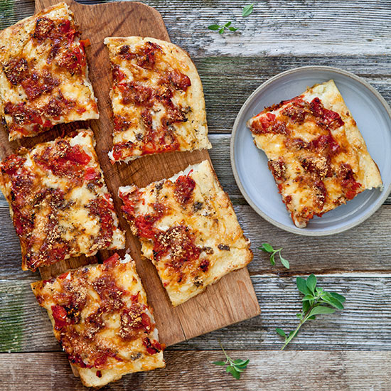 hd-201401-r-potato-pie-with-tomato-and-fontina-helene-dujardin.jpg