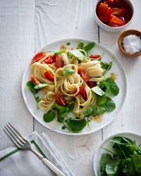 Fettuccine with Cherry Tomatoes and Watercress
