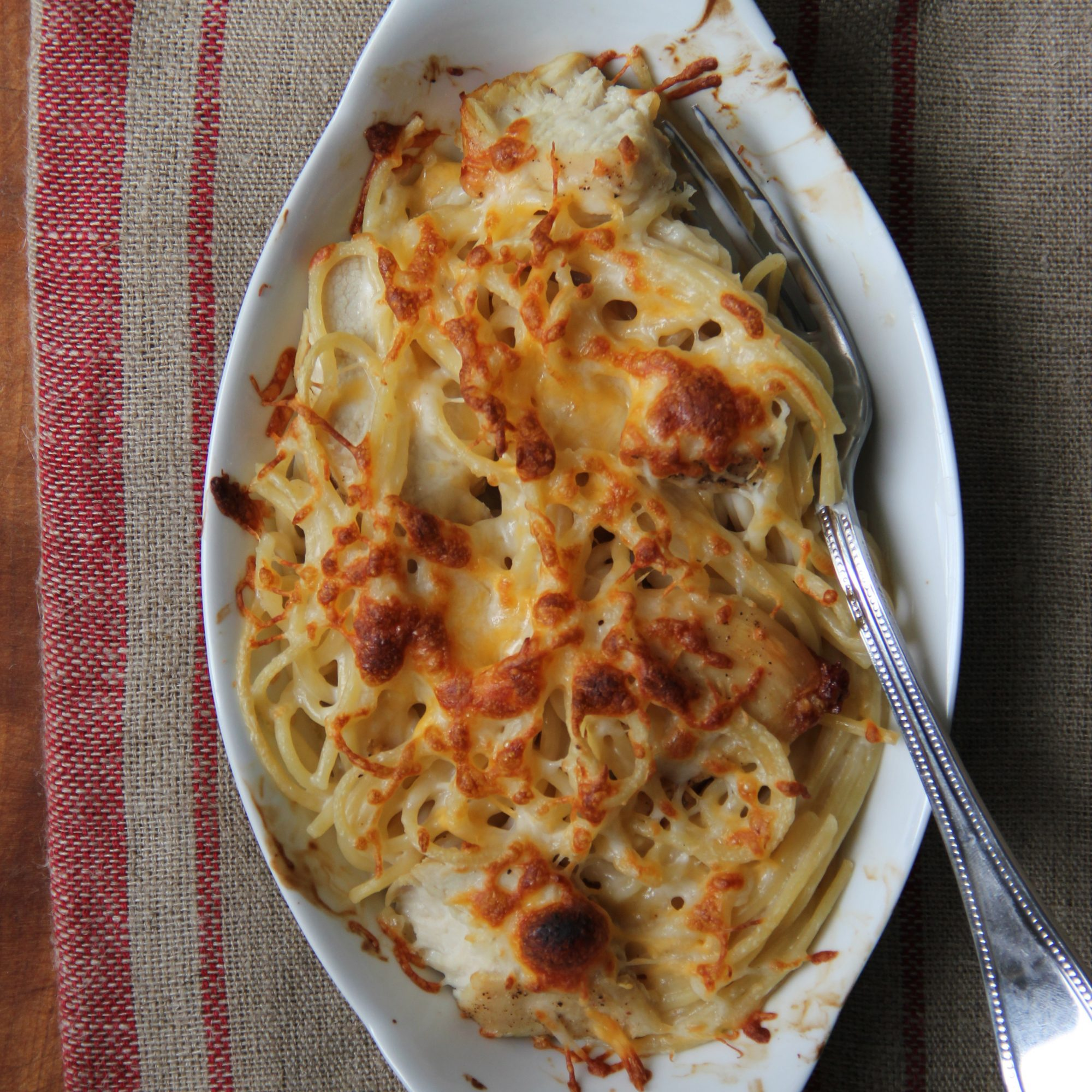 hd-201404-r-chicken-and-spaghetti-casserole.jpg