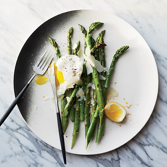Grilled Asparagus with Pecorino