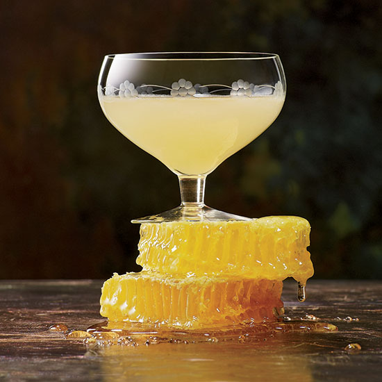 HD-hp-2012-cocktails-c-bees-knees.jpg
